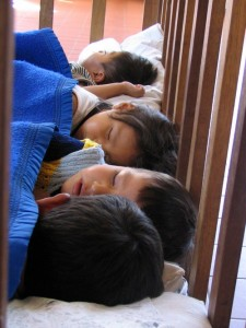 bolivia-kids20napping-nick_073