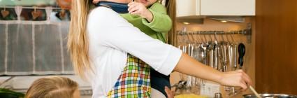 Kviečiame į paskaitą moterims, kurioms mylėti savo artimą yra daug paprasčiau nei mylėti ir priimti save